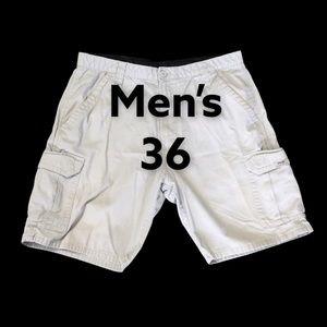 Wrangler 36 Chino Khakis Cargo Shorts Beige EUC